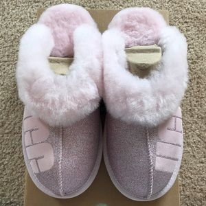 NEW~ UGG COQUETTE PINK SPARKLE